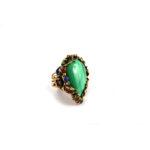 Anello in lega di ottone & rame trattato oro antico, pietra a goccia in malachite 20x30mm con pietre cabochones e cristalli SWAROVSKI